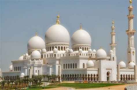 Golden Mosque Wallpaper by Abu Dhabi Grand Mosque Hd Wallpapers Fashionip
