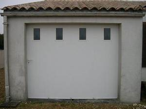 Sas gaudissard porte de garage en pvc et aluminium for Porte de garage coulissante avec portillon pvc
