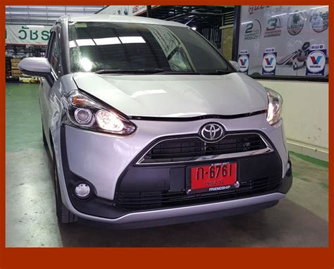 Toyota Sienta Backgrounds by Toyota