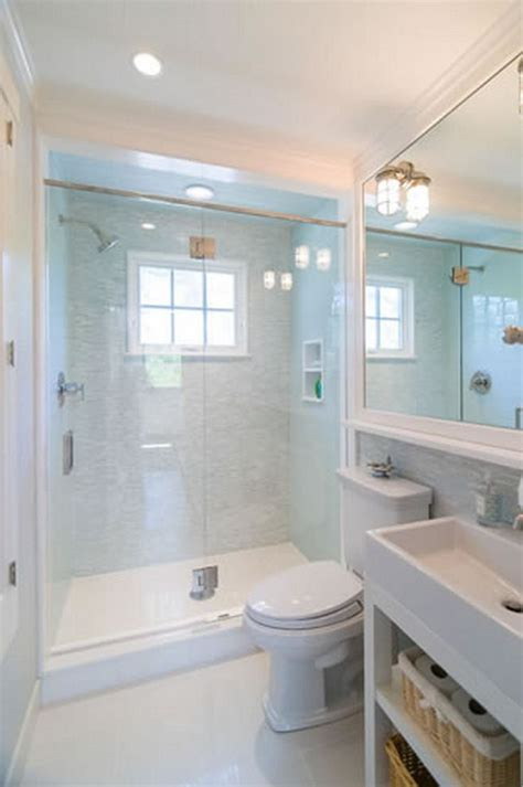 Small Master Bathroom Design by Best 25 Small Bathroom Makeovers Ideas Only On