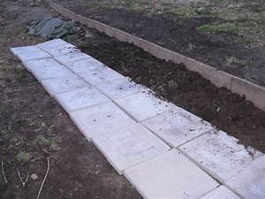 Platten Verlegen Garten Mit Steinplatten Den Gartenweg Anlegen 20