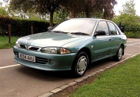 Proton Wira Hatchback Review (2000