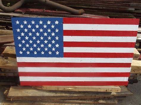 diy couple  pallet flags pallets designs