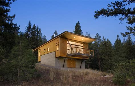 clever ideas   secure remote cabin modern house designs