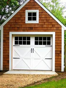 Garage doors lowes photos wall and door tinfishclematiscom for Carriage style garage doors lowes