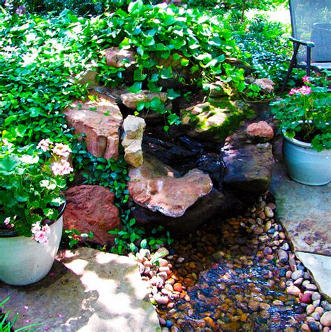 water feature gardening ideas for small yards 237