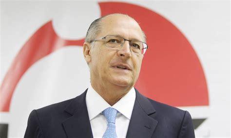 Alckmin aparece com 50% das intenções de voto em SP, diz ...