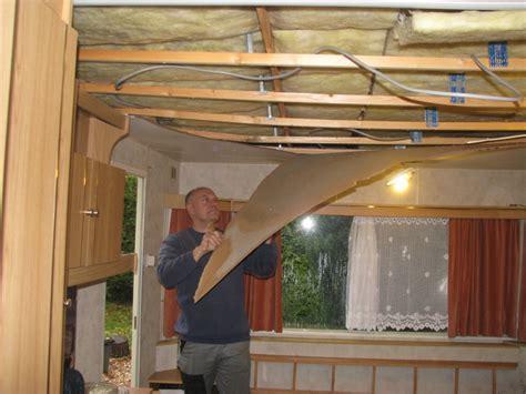 cuisine chalet bois plafond terrasse rénovation mobil home