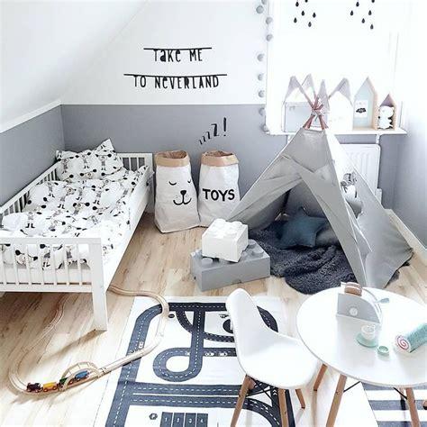 Kinderzimmer Gestalten Grau by Kinderzimmer F 252 R Jungs In Wei 223 Grau Und Schwarz Mit Tipi