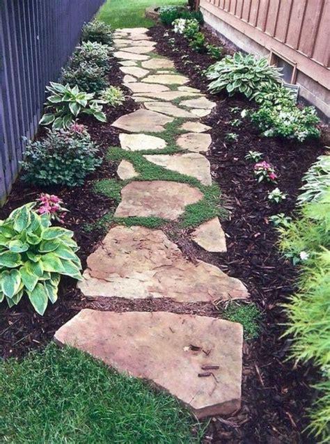 Backyard Sidewalk Ideas by Best 25 Front Yard Walkway Ideas On Front