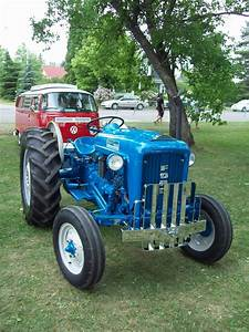 1964 Ford 2000 Industrial Tractor
