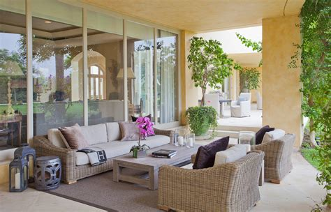 16 Beautiful Mediterranean Patio Designs That Will