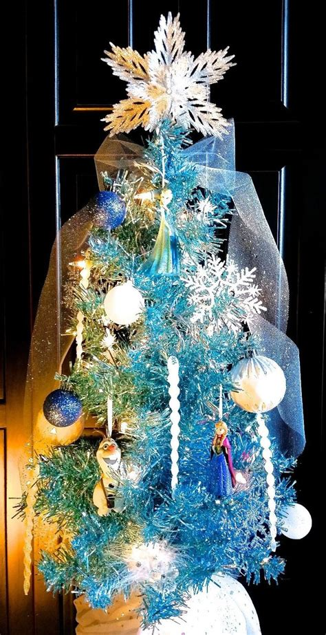 images  disneys frozen themed christmas tree
