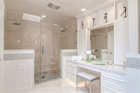 Simple Master Bathroom Ideas by 20 Master Bathroom Remodeling Designs Decorating Ideas