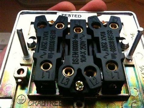 problem  replacing light switch   diynot