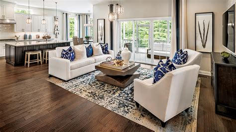 elgin il  homes  sale bowes creek country club  masters collection