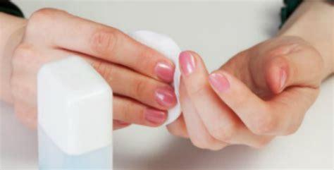 White Vinegar Recipe Removes Nail Polish