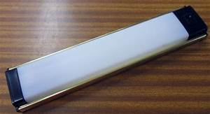 plafonnier neon rond elegant applique ou plafonnier w ip With carrelage adhesif salle de bain avec neon led ballast