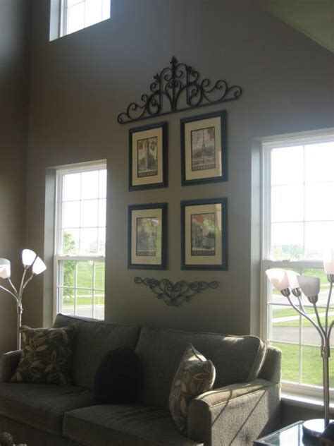 Decorating Living Room Walls - best 25 decorating high walls ideas on