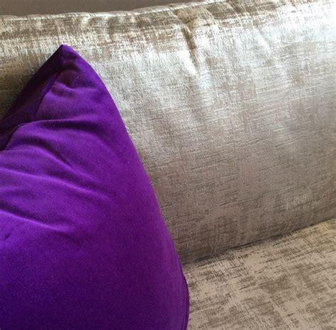 coussin pour canapé noir coussins sur mesure pour banc et banquette