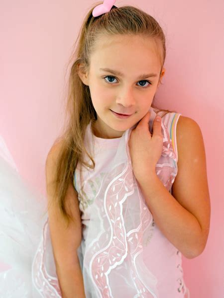 Vipergirls Sharlotta Candy Doll Models Foto
