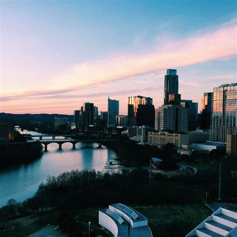 The Fashion Girl's Guide To Austin, Texas