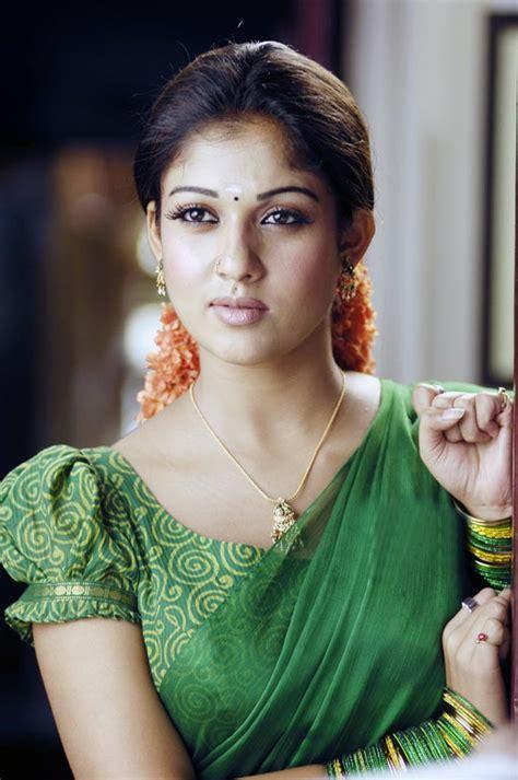 Hot Mallu Actress Nayanthara Unseen Hot Photo Album 13