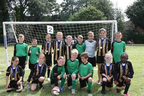 girls federated football champions kemsley primary academy