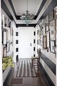 10 idees pour amenager un couloir etroit blog deco for Comment decorer un long couloir etroit
