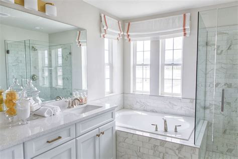 Pictures Of Bathroom Decor And Designs