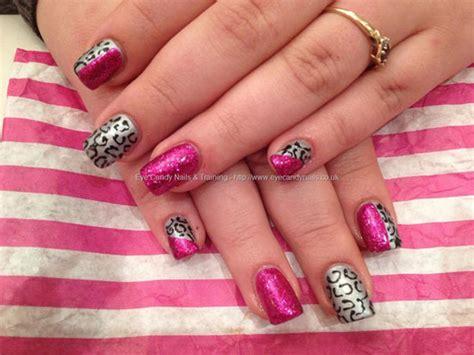 15 Simple Yet Elegant Pink Acrylic Nail Art Designs