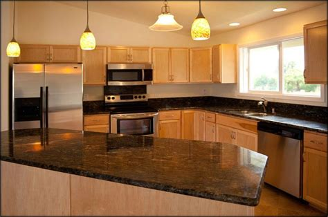 honey maple kitchen cabinets 17 best images about kitchen on shaker 4323