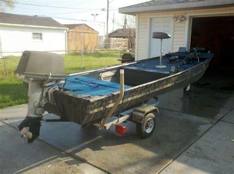 Aluminum Bass Boat Rebuild by Front Platform