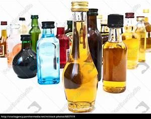 Alkohol Auf Rechnung : alkohol flaschen lizenzfreies bild 6837119 bildagentur panthermedia ~ Themetempest.com Abrechnung