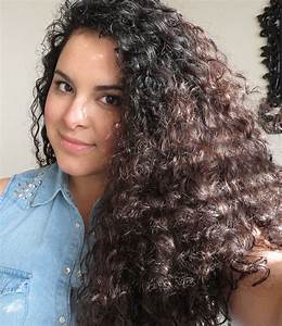 How To Style Curly Hair | Karina And Her Look