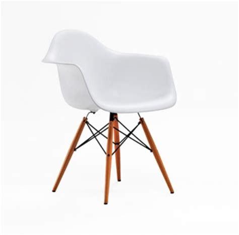 mobilier vintage pas cher lounge chair de eames fauteuil egg de jacobsen le corbusier le