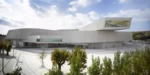 Zaha Hadid Architektur : zaha hadid s maxxi museum in rom detail magazin f r architektur baudetail ~ Frokenaadalensverden.com Haus und Dekorationen