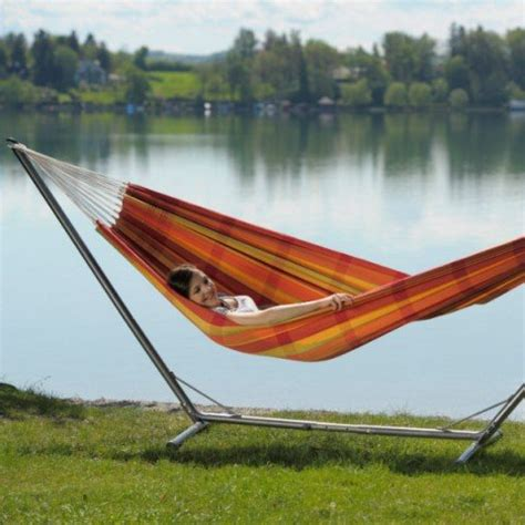 Hammock Cing Without Trees by Hanging A Hammock Without Trees 3 Popular Ways Sleeping