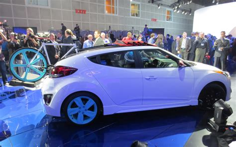 Wild Hyundai Veloster C3 Roll Top Concept Is A Two Way