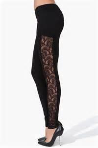 Ballet in Black Lace Legging
