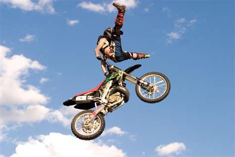 motocross stunts freestyle megapost motocross freestyle taringa