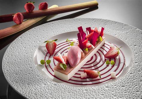 magazine de cuisine gastronomique guide michelin 2016 les restaurants étoilés de provence