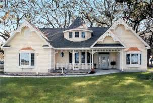 cottage house plans one story 11 cottage house plans to