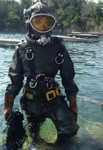 Vintage Diver Suit - Hot Girls Wallpaper