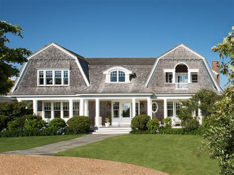 Marthas Vineyard Home Style by Martha S Vineyard Shingle Cottage With Coastal Interiors