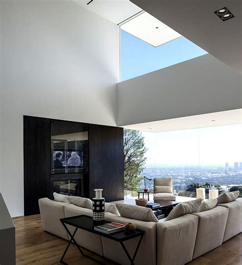contemporary residence   edge  sunset plaza drive