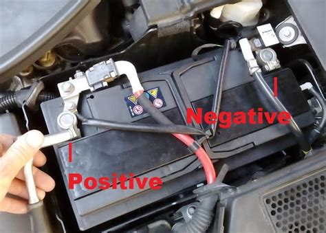replace battery  volvo   xc   xc