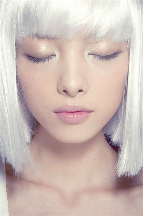 White Hair Pictures by Get Glowing 13 Makeup Looks To Inspire Your Inner