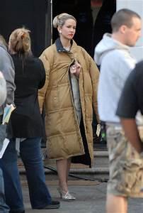 "Anna Camp On Set Of ""Mad Men"" In Pasadena - Zimbio"