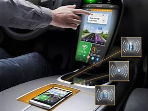 Ecran Video Voiture : l 39 cran infrarouge va faire son apparition en voiture cnet france ~ Farleysfitness.com Idées de Décoration